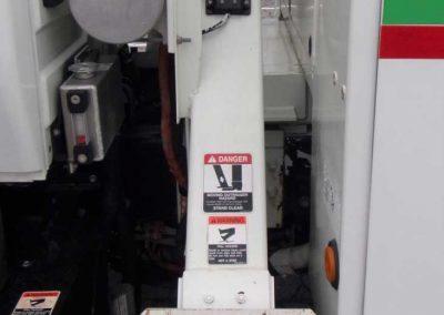 2012-INT.-4300-BUCKET-TRUCK-#2-(24)