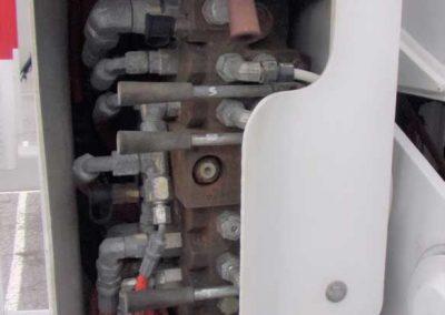 2012-INT.-4300-BUCKET-TRUCK-#2-(32)