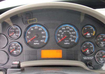 2012-INT.-4300-BUCKET-TRUCK-#2-(96)
